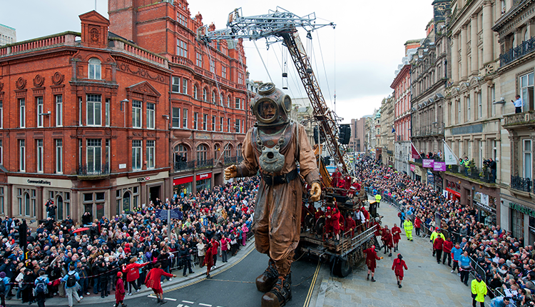 The Diver Giant walking through Castle Street in 2012