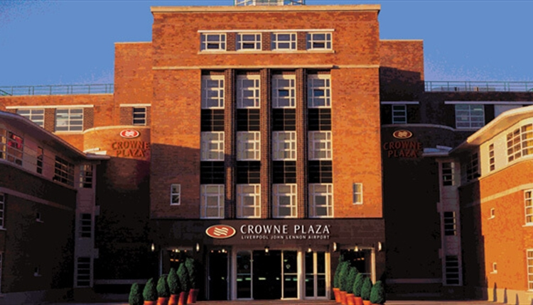 The Facade of Crowne Plaza John Lennon Airport.
