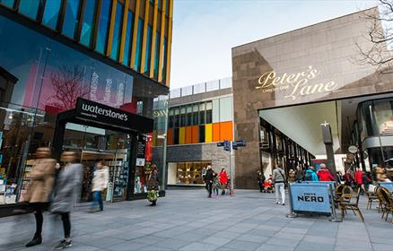 Peter's Lane Liverpool ONE showing Waterstones and Caffe Nero