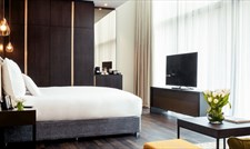 Pullman Liverpool offers a dedicated floor of executive rooms.