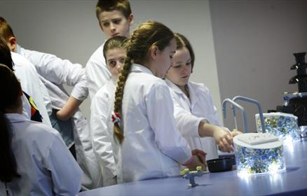 Catalyst Science Discovery Centre